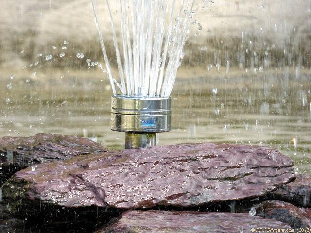 Castorama rennes st jacques table jardin aluminium avec for Cuisine zecchinon avis